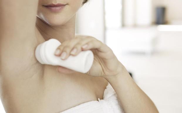Advarer mot deodorantbruk